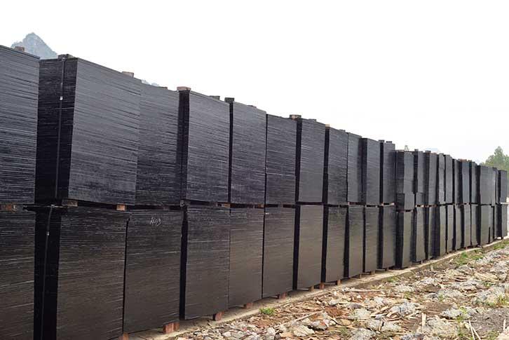 鑫虹泰清水建筑木模板板材基地