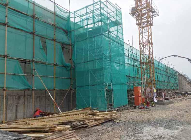 工程清水覆膜菲林板轴线位移
