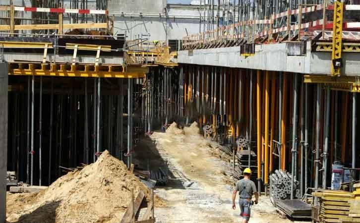 清水混凝土模板在安装过程